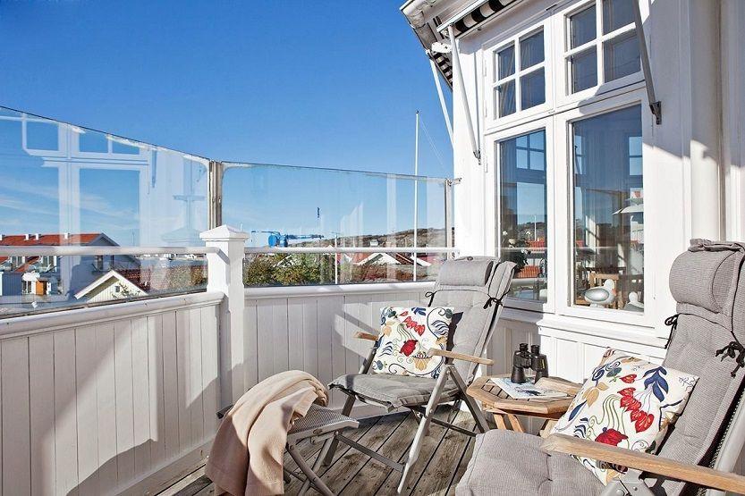 balkong i sol 833.jpg